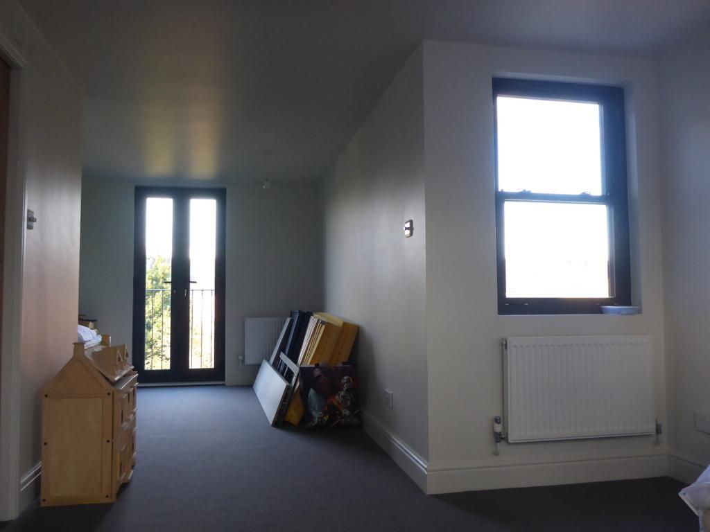 mortlake - loft conversion room