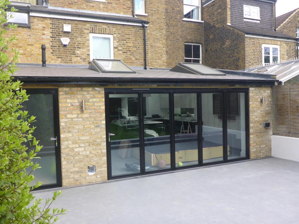 Ground extension patio