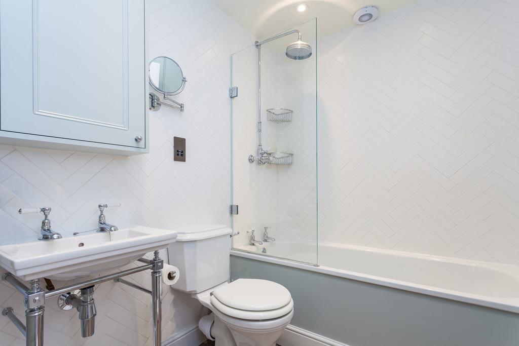 BP_ family bathroom