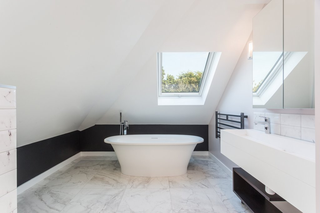 Bungalow_bath loft